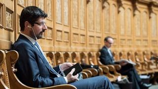 Die CVP Schweiz hat den Walliser Nationalrat Yannick Buttet per sofort als Vize-Präsidenten suspendiert.