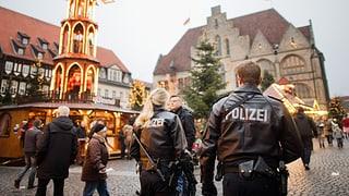 Dapli polizia en vischinanza da las fieras da Nadal