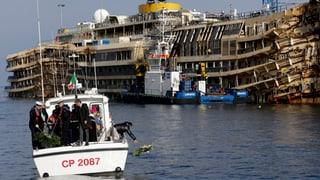 «Costa»-Havarie: Schettino trauert im Verborgenen