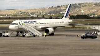 Ebola-Verdacht: Air-France-Maschine unter Quarantäne