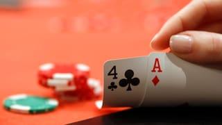 Video «Poker um Bilaterale: Wirtschaft schlägt Alarm» abspielen