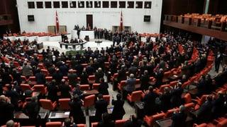 Tirchia: In obstachel pli pauc per ses schef Erdogan
