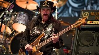 Der verstorbene Motörhead-Frontmann Lemmy Kilmister soll im Periodensystem verewigt werden. Ein neu entdecktes Element soll «Lemmium» heissen.