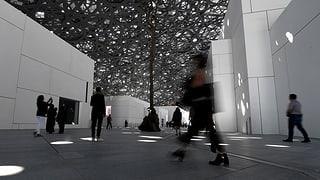 Zwei Schweizer Journalisten für 50 Stunden in Abu Dhabi festgehalten