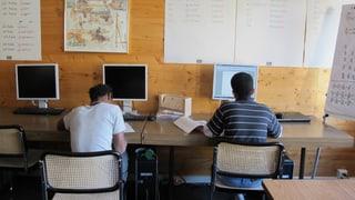 Ausschlafen, Deutsch lernen und auf eine bessere Zukunft hoffen