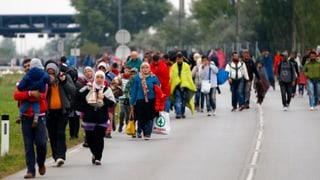 Österreich sperrt nach Bahn- auch Fahrzeugverkehr