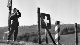 Die Schweiz im 2. Weltkrieg Hakenkreuz und Schweizerkreuz