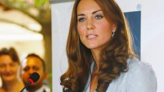 Kates Oben-Ohne-Fotograf angeklagt