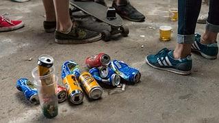 Wie oft Jugendliche rauchen, trinken und kiffen