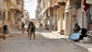 Syrische Armee entdeckt Massengrab in Palmyra