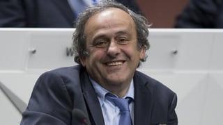 Platini vul succeder a Sepp Blatter