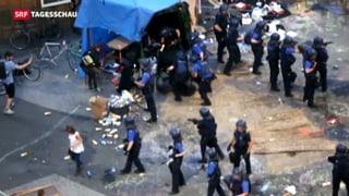 Krawalle in Basel: Polizei räumt Messeplatz