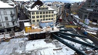 Baustelle Bahnhofplatz Winterthur: der Pilz wächst