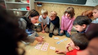 Aargauer Kindergärtnerinnen verdienen genug, sagt die Regierung