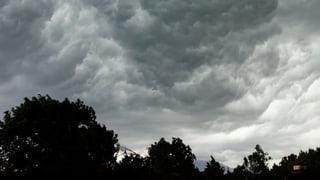 Der Gewittersturm vom Donnerstag hatte viel zu bieten: Die schönsten Bilder des Sturms finden Sie hier.