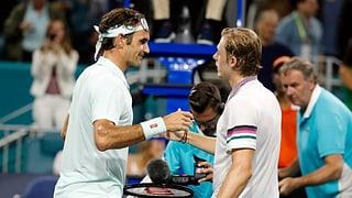 Fantastischer Federer erteilt Shapovalov eine Lektion