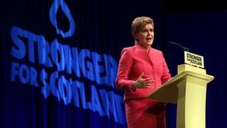 Regierungschefin will Brexit-Gegner ins Land locken