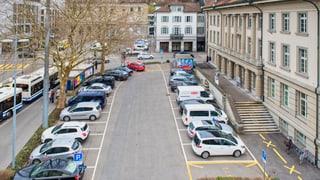 Unterer Postplatz: Parkplätze aufheben oder nicht?