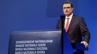 SNB hält Franken weiter für viel zu teuer