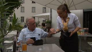 Wofür man wie viel Trinkgeld gibt  (Artikel enthält Video)