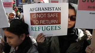 Geld für Afghanistan nur gegen Rücknahme von Flüchtlingen?