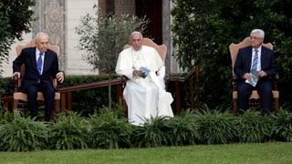 Papst nimmt Peres und Abbas ins Gebet