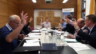 Video «Politik und Gesellschaft: Regieren (2/12)» abspielen