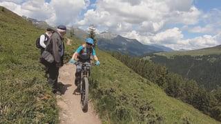 Wanderer und E-Mountainbiker kommen sich in die Quere