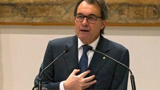 Artur Mas sa retira da la regenza catalana