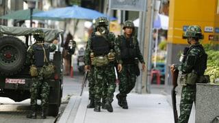 Thailands Armee verhängt den Ausnahmezustand