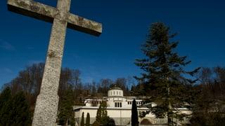 Stadt Luzern: Das Kruzifix in den Abdankungshallen soll bleiben
