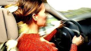 Sozialhilfebezügerinnen und -bezüger dürfen weiter Auto fahren