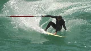 Video «Bungee-Surfer auf der Aare» abspielen