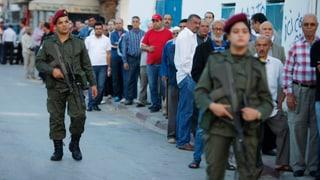 Tunesien wählt: Sicherheitsleute sorgen für Ruhe und Ordnung