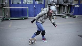 Skateboard fahren – Viola will's wissen!