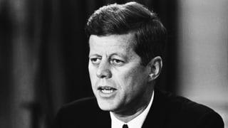 Der Dokumentarfilmer Robert Drew filmte JFK im Weissen Haus. Der Film «Crisis» trug erheblich zum Mythos Kennedy bei.