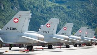 Die Überprüfung der F/A-18-Flotte der Schweizer Luftwaffe hat an drei weiteren Kampfflugzeugen Defekte offenbart.