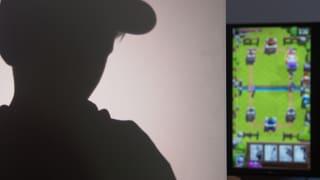 Video «Abzocke mit Apps. Behörden ignorieren Pestizidrisiko. Koffertest.» abspielen
