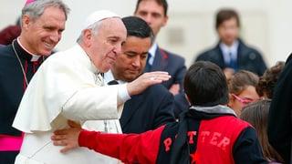 Papst mit einem Herz für Arme