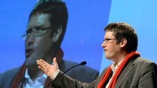 SP-Präsident Levrat vergleicht Blocher mit Berlusconi