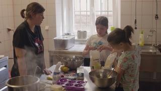 Video «Ich kann das: Rozarka – Bei den obdachlosen Köchinnen (11/15)» abspielen
