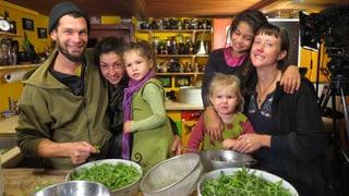 Video «Bodenlos – Vom Leben und Überleben der Schweizer Bauern» abspielen