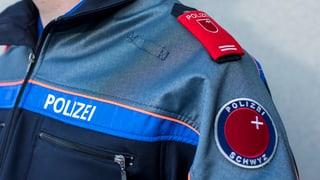 Verdacht auf Waffenhandel gegen Logistikchef der Schwyzer Polizei