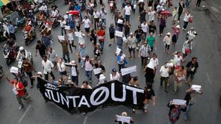 Proteste in Thailand gegen Militärregierung