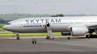 Nach Air-France-Notlandung: Ermittler verhaften Passagier