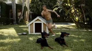 David Beckham gibt Po-Double in Werbung zu