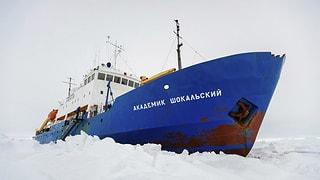 Rettung in Sicht für eingeschlossenes Polarschiff