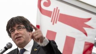 Puigdemont tritt am Fest des jurassischen Volkes auf