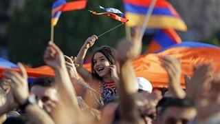Machtpoker auf Armenisch
