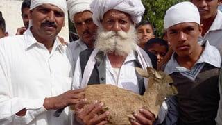 Video «Von Menschen und Tieren – Tierliebe bis in den Tod» abspielen